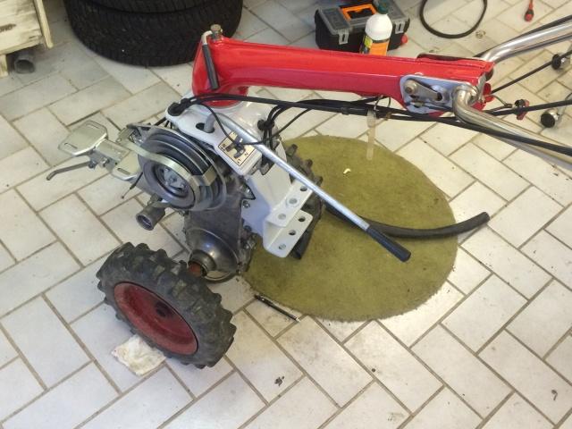 restauration - Restauration motoculteur (Honda F600) - Page 3 Img_2438