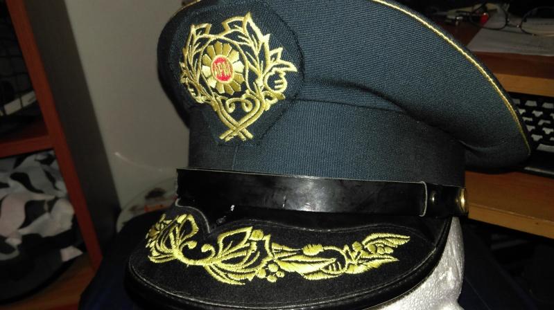 Macedonian officer visor cap Imag1015