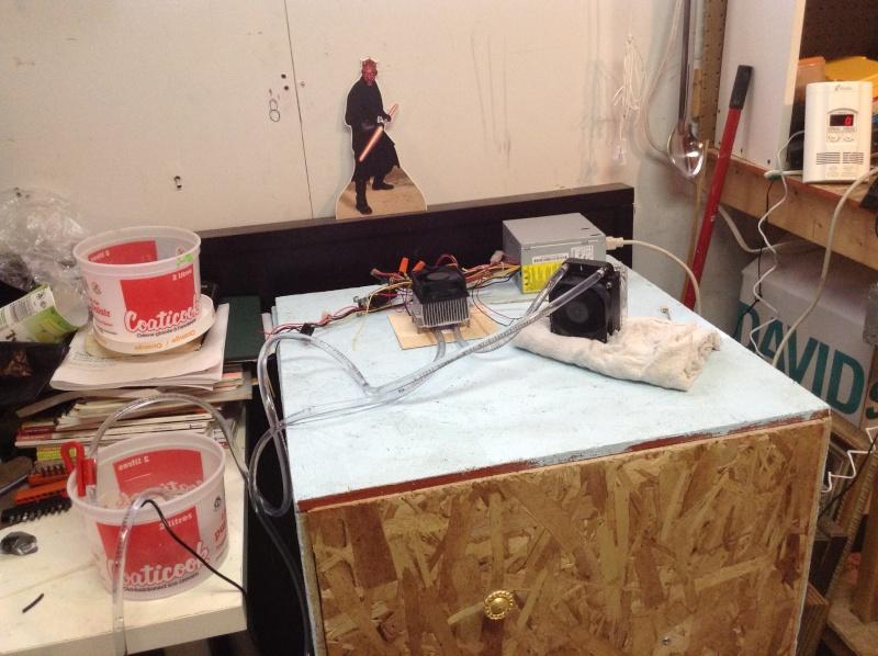 Projet: Chambre froide avec un élément Peltier. Img_0220