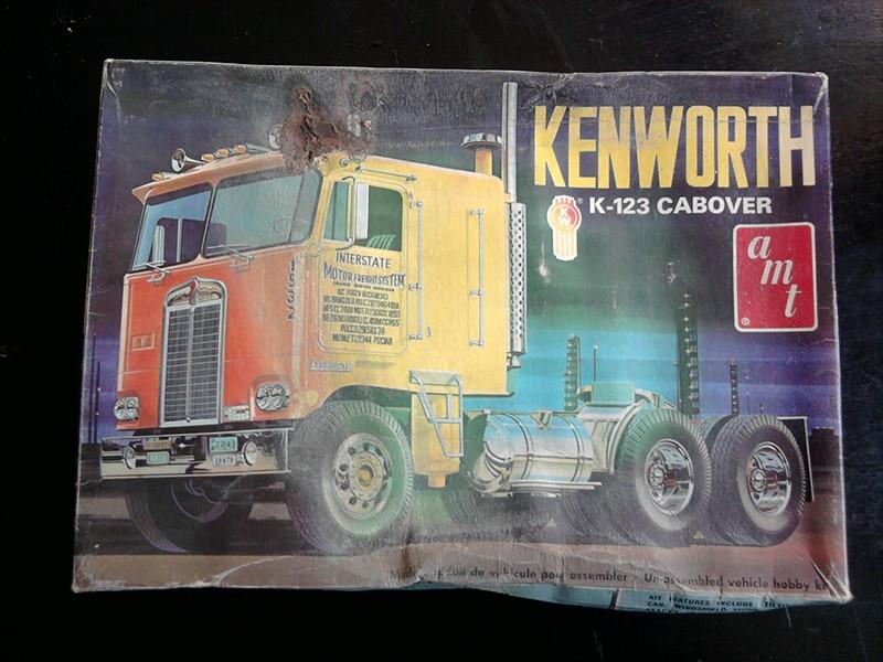 Kenworth K-123 Cabover, AMT 1:25 01_13