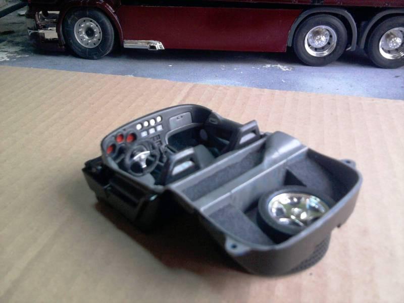 Revell Dodge Viper GTS 1:24 13_13