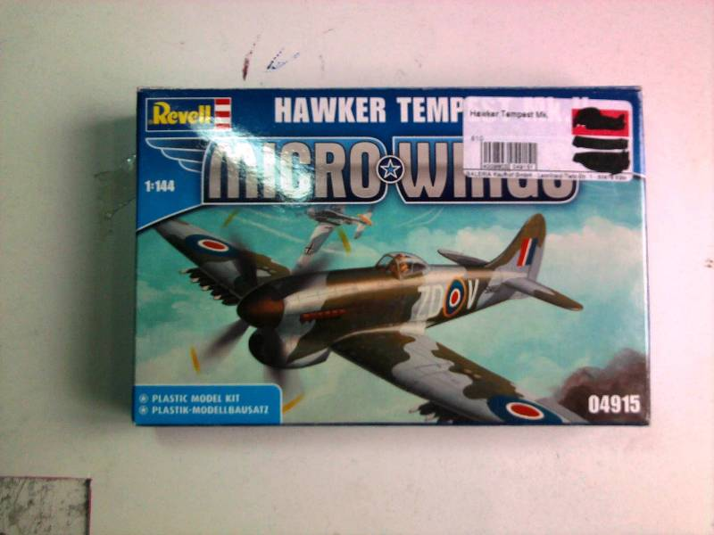 Revell Hawker Tempest 1:144 Foto4419