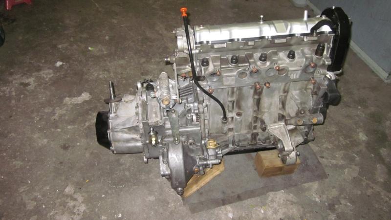 [kirk17]  GTI modifiée (sans tuning)  - 1900 - blanche - 87 - Page 2 Moteur11