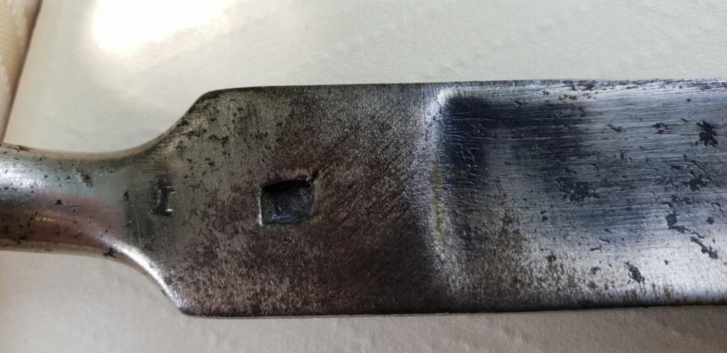 Baïonnette à douille inconnue (avec marquage et chiffres) à identifier 20190812