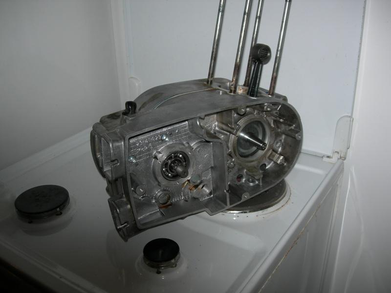 Remontage ETZ 250 Dscn9113