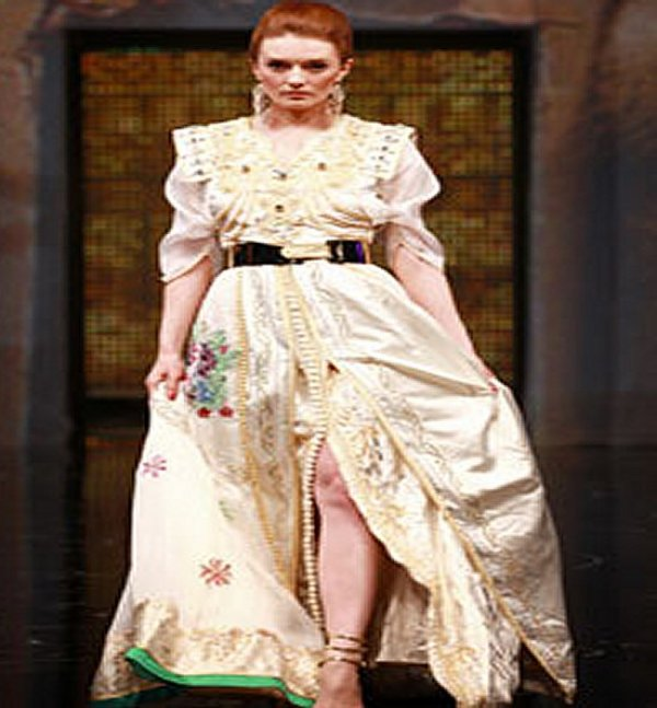 femme - Caftan show 2015 on deshabille un peu plus la femme Caftan13