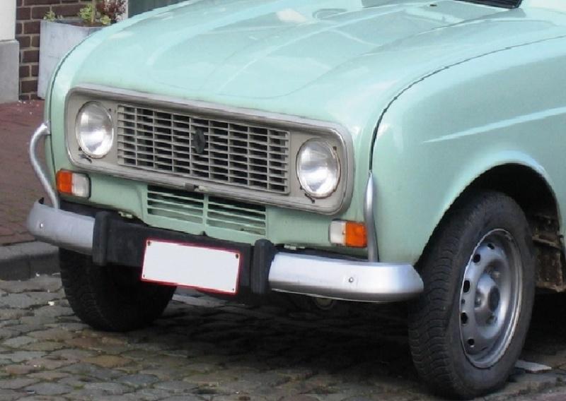 Renault 4 L 1/24 - Page 4 Caland10