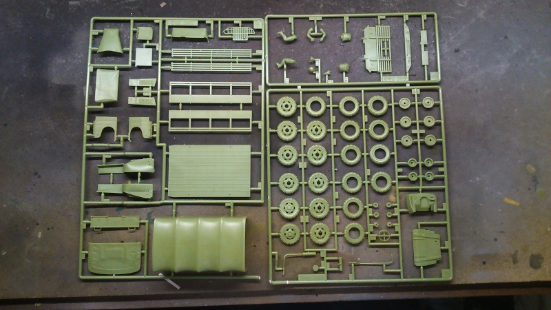 GMC 1/35 version militaire Dsc_0126