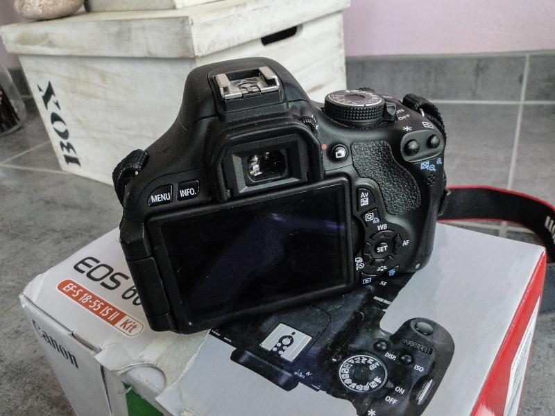 Canon 600D (Boitier Nu) // 370 euros 24052012