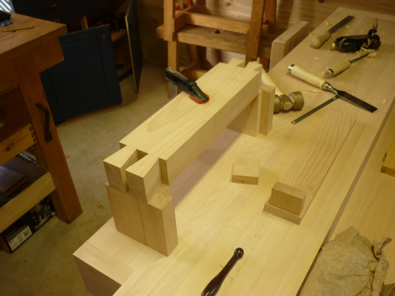 Construction d'un nouvel établi - Page 8 P1050466