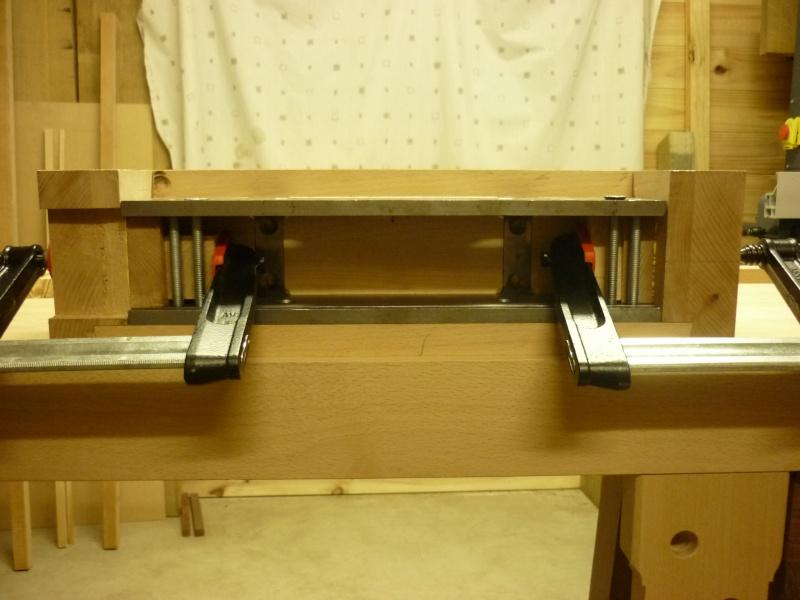 Construction d'un nouvel établi - Page 8 P1050523