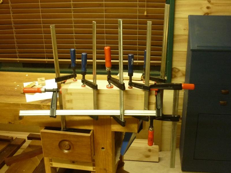Construction d'un nouvel établi - Page 8 P1050532