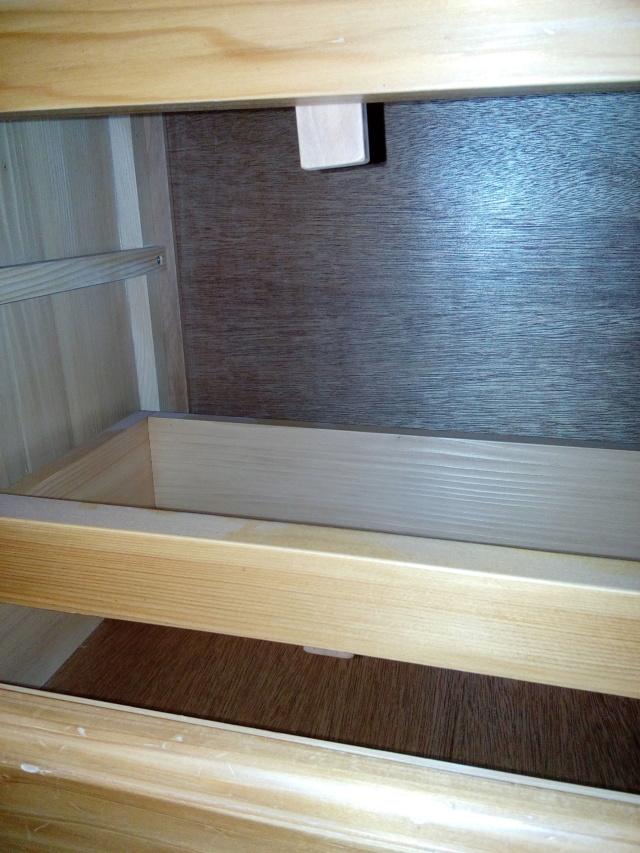 Escalier Droit en Frêne avec tiroirs  - Page 4 Taquet10