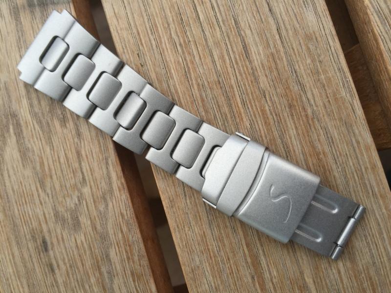 microbillage boite et bracelet Space One Img_1114