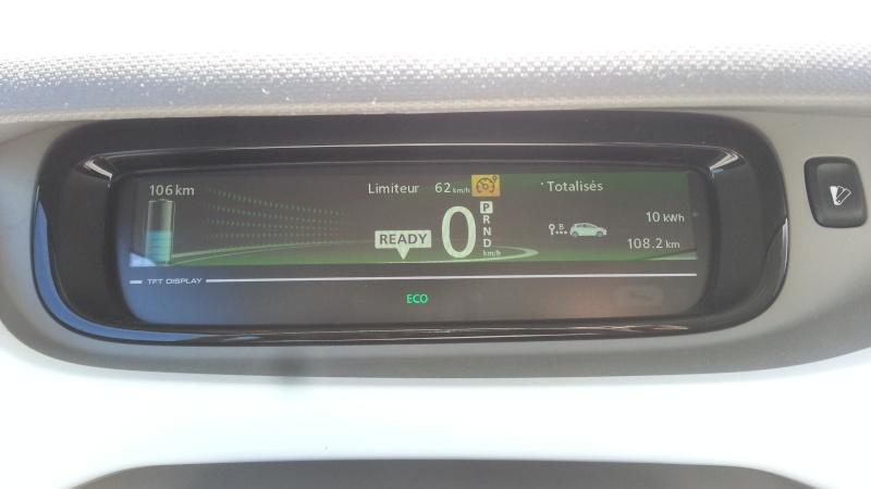 213,7 kilomètres avec 89% de batterie. 2015-021