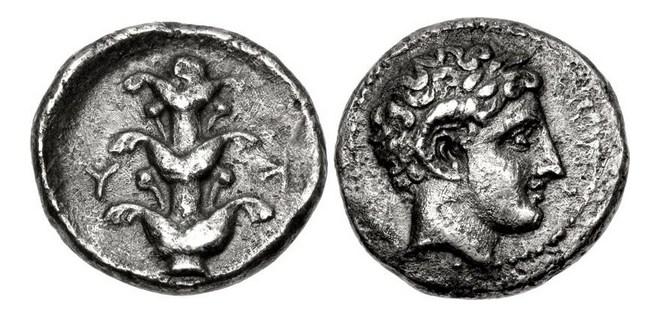 Bronze grec ? Karnei10