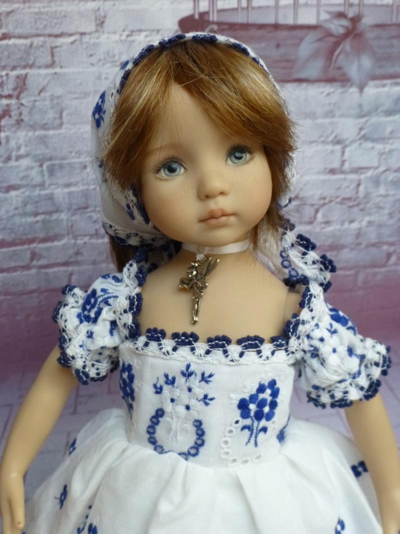 mes poupées de Dianna Effner  - Page 9 P1070421