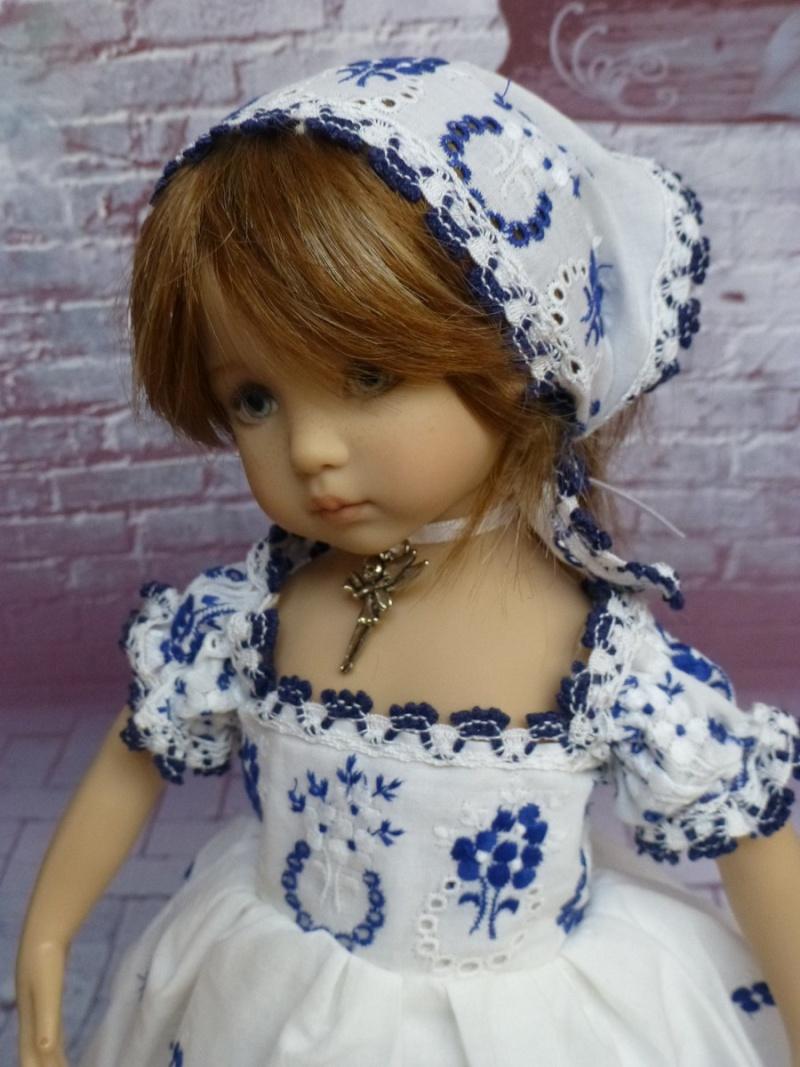 mes poupées de Dianna Effner  - Page 9 P1070422