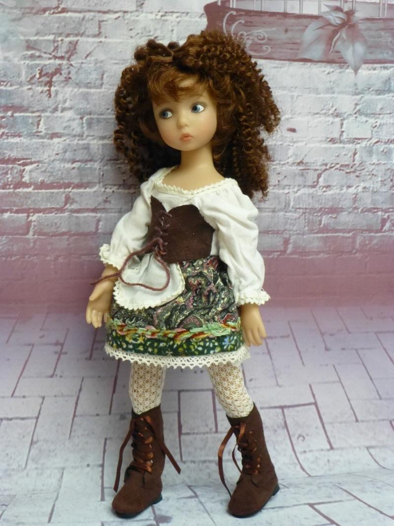mes poupées de Dianna Effner  - Page 9 P1080211