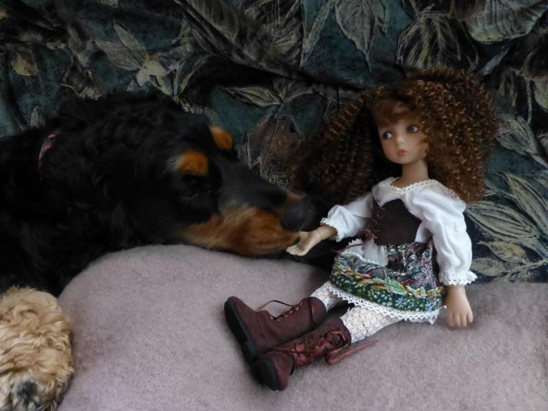 mes poupées de Dianna Effner  - Page 9 P1080213