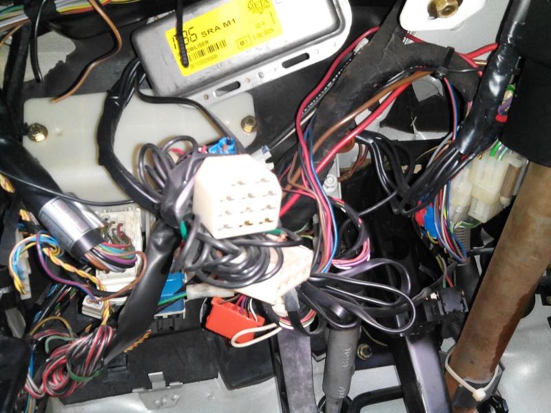 Pose d'une alarme sur nos voitures - Page 3 Systar11