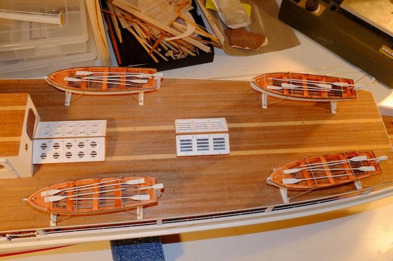 Yacht-Paquebot Sphinx (New Maquettes 1/50°) de Stephane80 - Page 5 Canots11