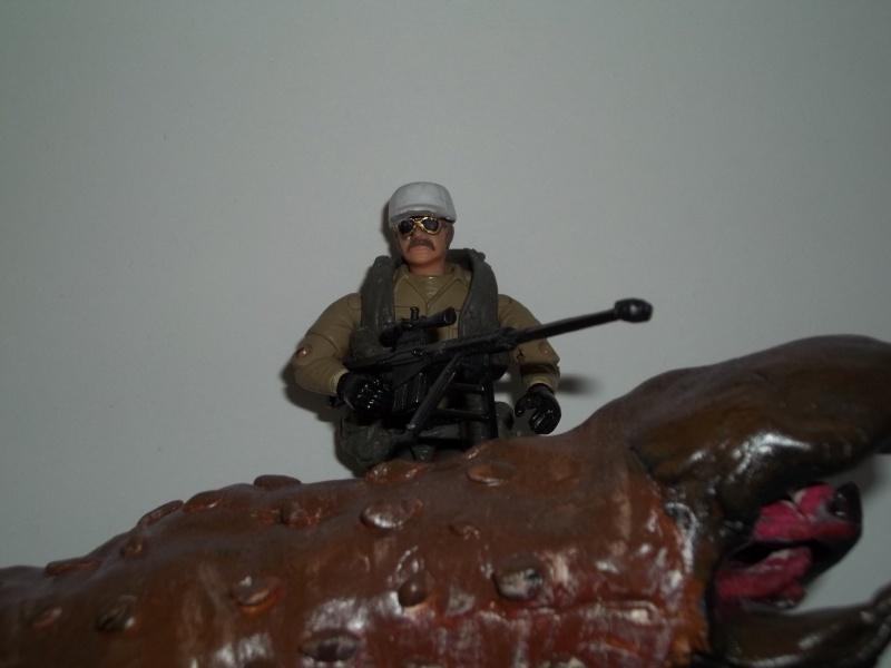 Burt Gummer ( guy w/ guns from movie Tremors) 100_1434