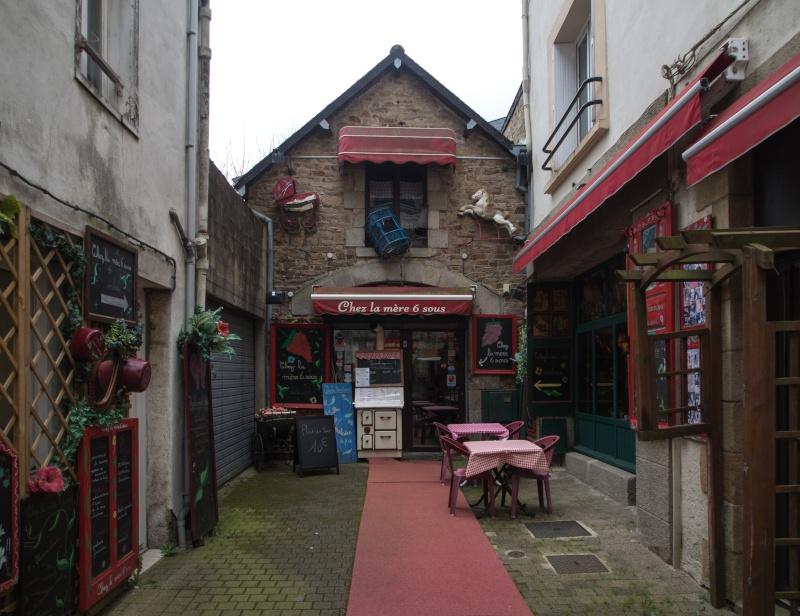 Petit tour breton - Page 2 P4040010