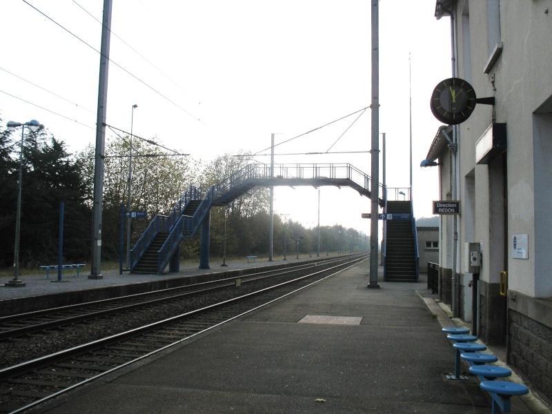 La gare de Pontchâteau Ligne Savenay-Redon-Quimper 7-pont10