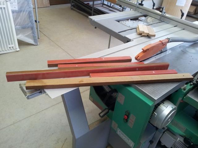 Nouveaux projets Deuns : une 3 cordes et unes 4 cordes Deuns110