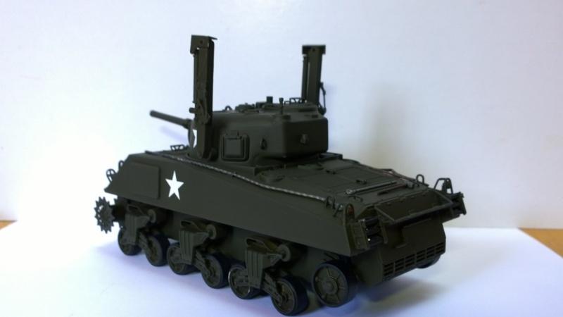 Sherman M4A3 Calliope  ITALERI au 1/35e Wp_20234