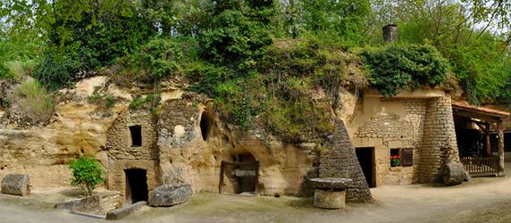 Sortie touristique en région angevine du 7 Juin, le programme, l'inscription La_roc10