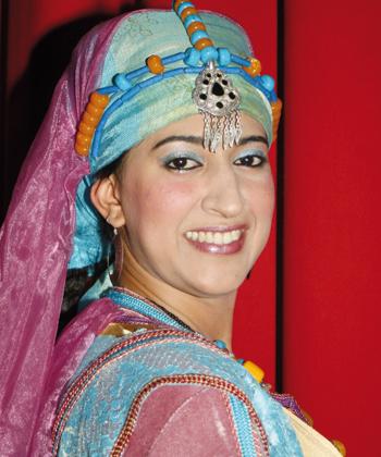 Dounia Boutazoute, Splendeur inspiration et succès Boutaz13