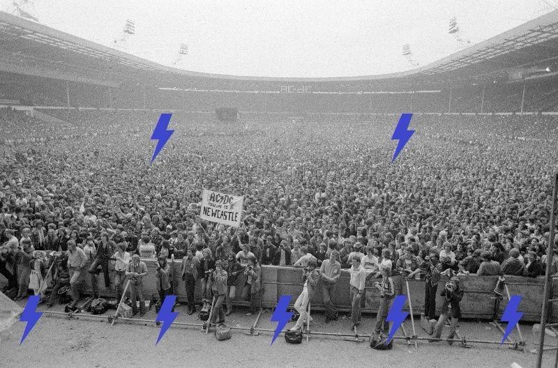 1979 / 08 / 18 - UK, London, The empire stadium wembley 2_10