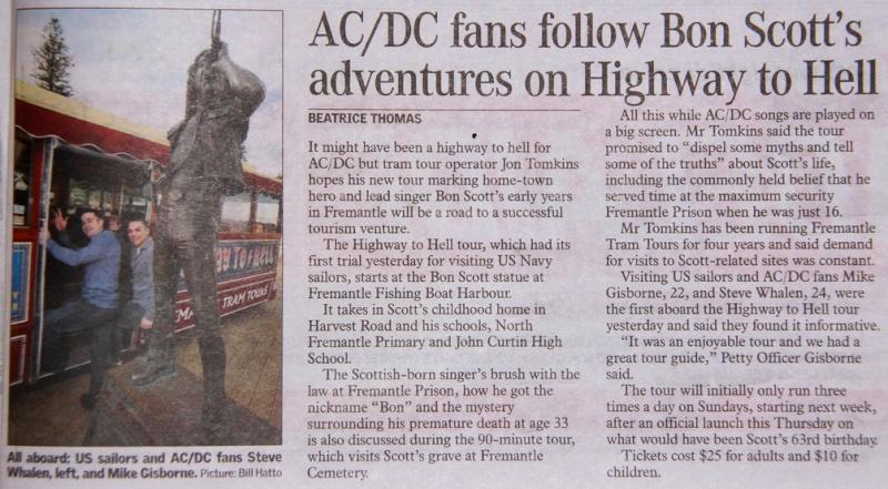AC / DC fans follow Bon Scott's adventures... Znrfc210
