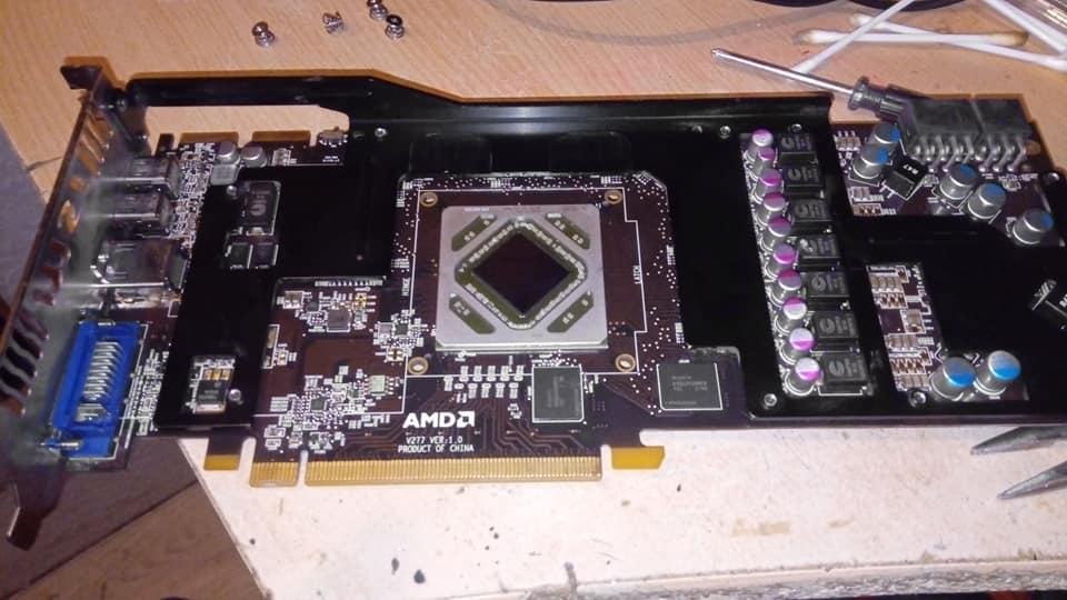 [INFO] Réparation carte graphique mode fusion four 250° 52287110