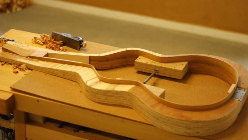 Fabrication d'une Weissenborn Style 4 par Florian Chateau 28_les10
