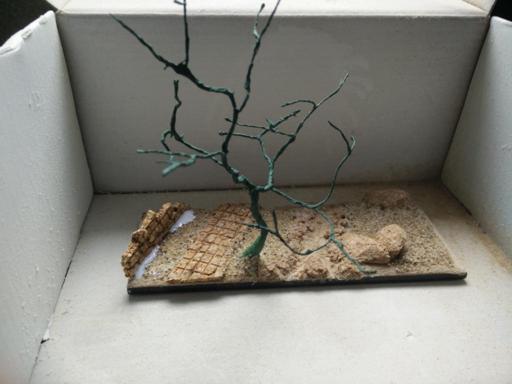diorama petit ruisseau avec arbre Img_2044