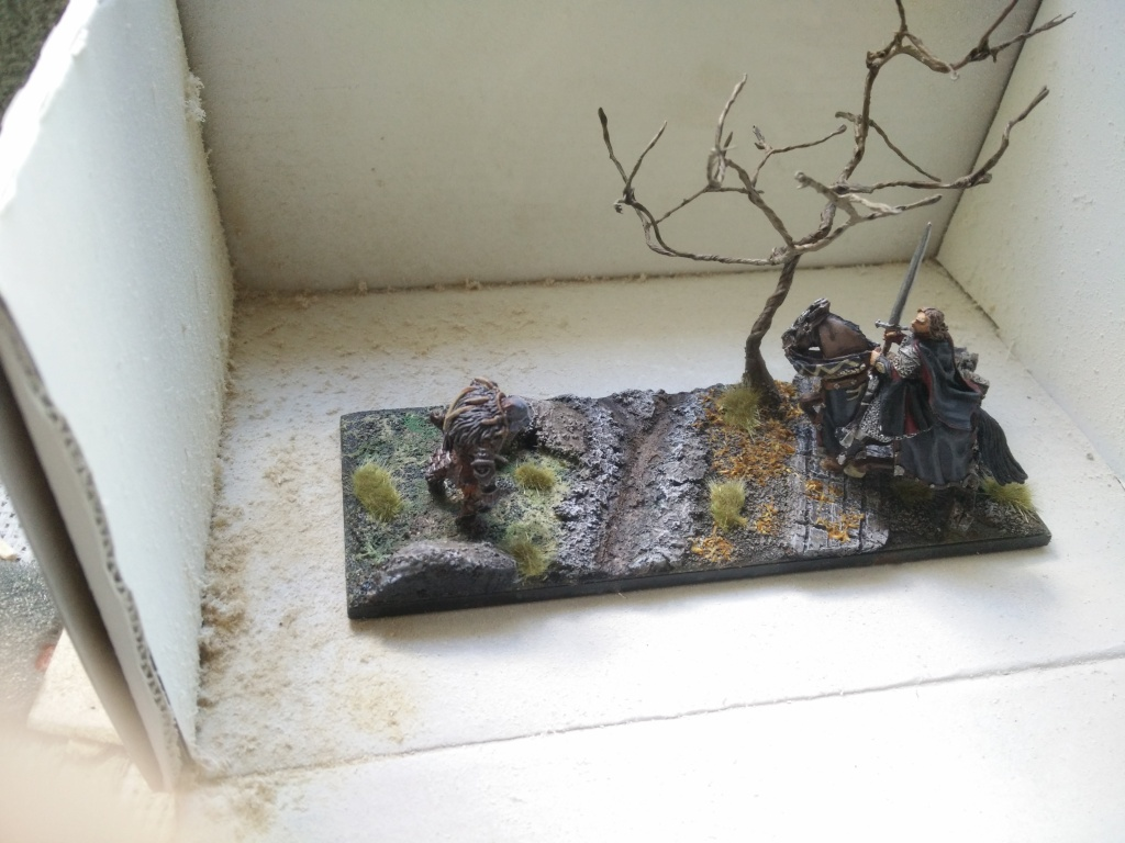 diorama petit ruisseau avec arbre Img_2051
