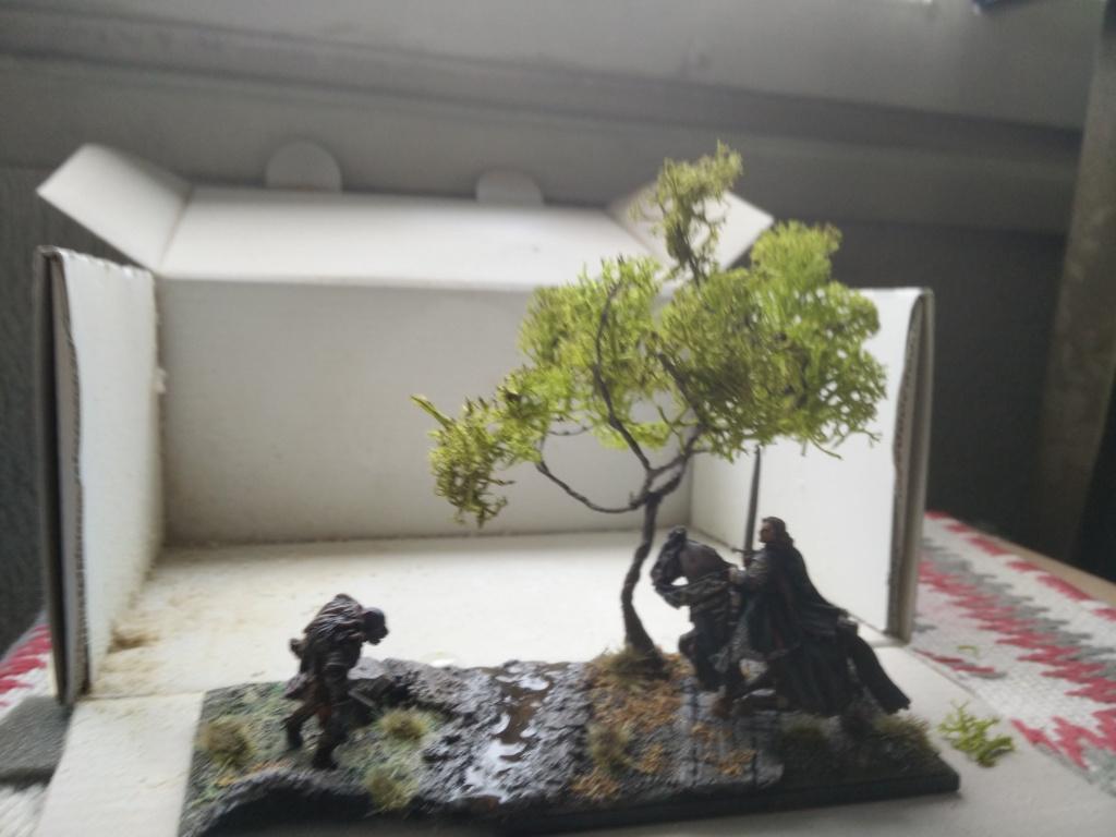 diorama petit ruisseau avec arbre Img_2058