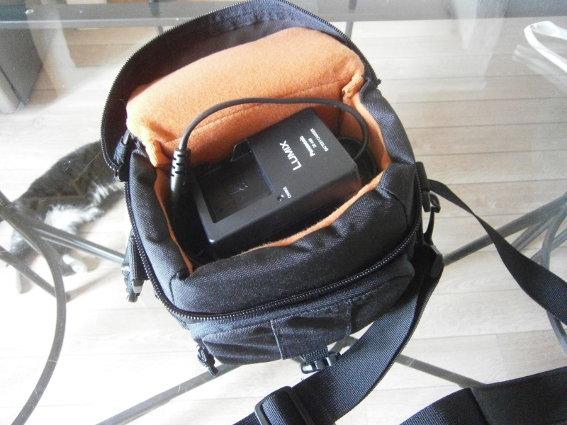 Sac photo d'épaule pour fz200 P4024810