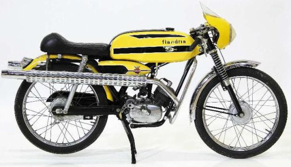 Pin-Up 50cc Flandr10