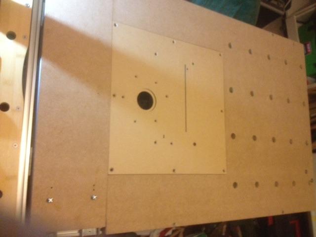 Electro-portatifs sous table (d'inspiration Festool, Woodpeckers, Wolfcraft...) et aménagements atelier  - Page 2 310