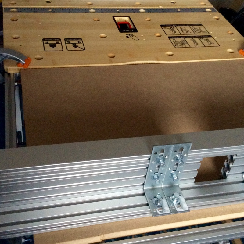 Electro-portatifs sous table (d'inspiration Festool, Woodpeckers, Wolfcraft...) et aménagements atelier  Fullsi11