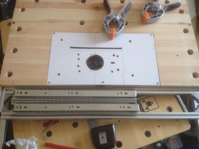 Electro-portatifs sous table (d'inspiration Festool, Woodpeckers, Wolfcraft...) et aménagements atelier  - Page 2 Img_3014