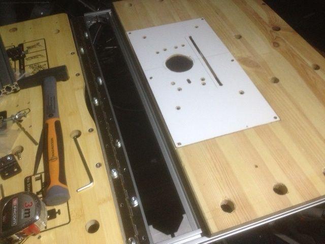 Electro-portatifs sous table (d'inspiration Festool, Woodpeckers, Wolfcraft...) et aménagements atelier  - Page 2 Sans_t11