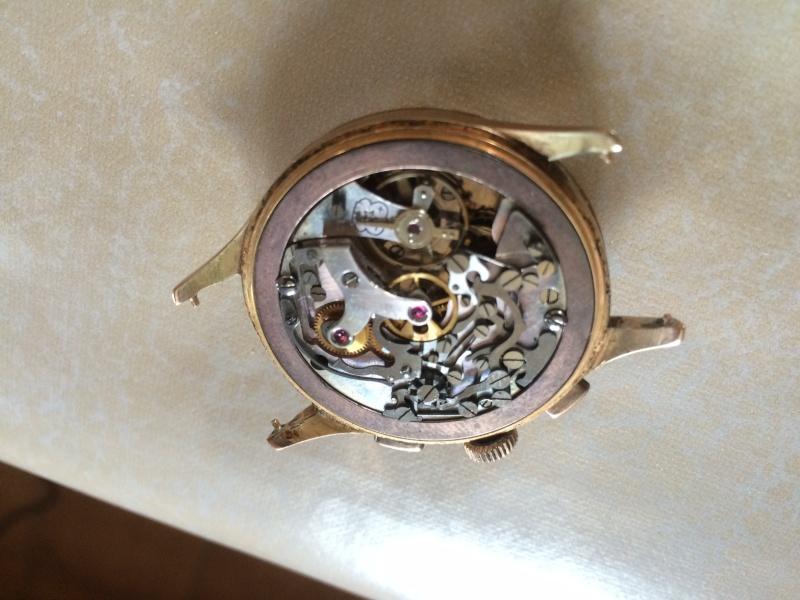 Connaissez vous cette marque et ce model de Chronograph ??? Img_0314