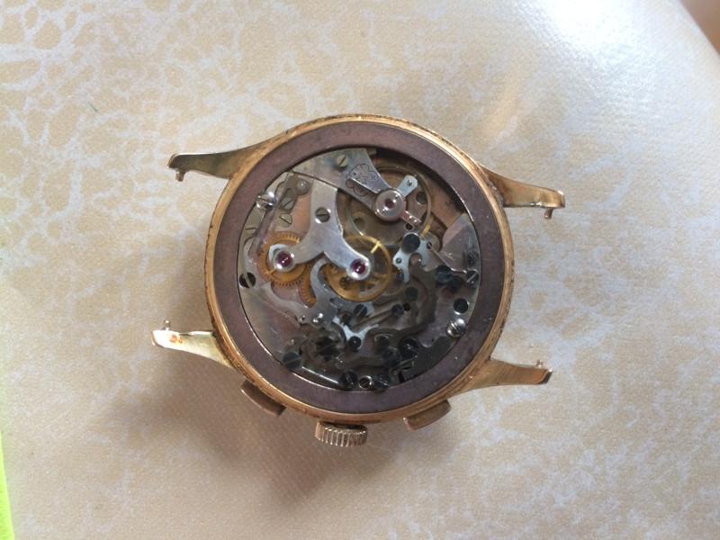 Connaissez vous cette marque et ce model de Chronograph ??? Img_0316