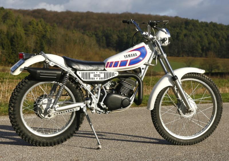 125 SL, il reste encore des merveilles à vendre Yamaha10