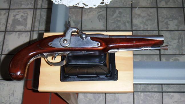 Le pistolet de Vidoc l'Arrageois  Dscf0311